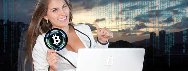 ビットコインは価値があるイメージの女性
