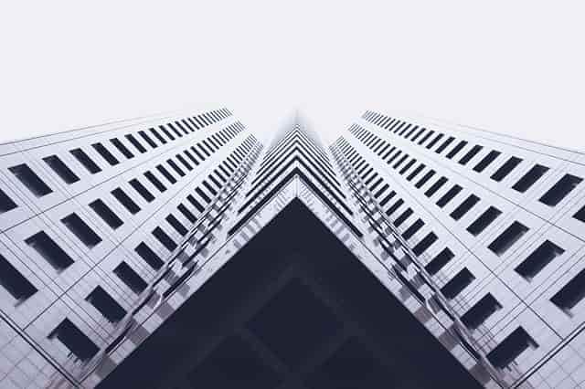 キレイな高層ビル